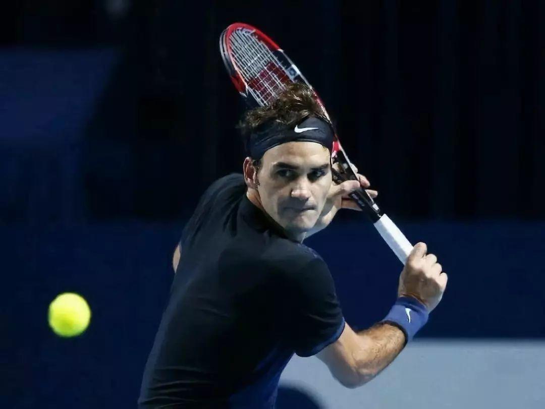 问答:击球太晚造成网球肘?恐怕没那么简单