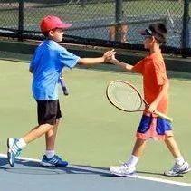 问答:网球父母最深沉的爱——不会我教你,正手、反手应先教哪个?