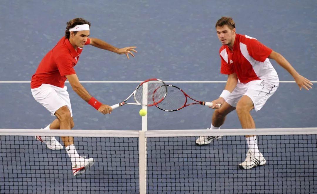 网球职业选手的双打针对性练习:单打半场对战等...