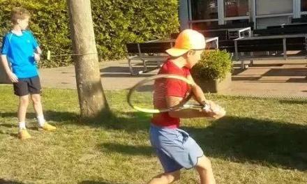 网球热身挥拍训练