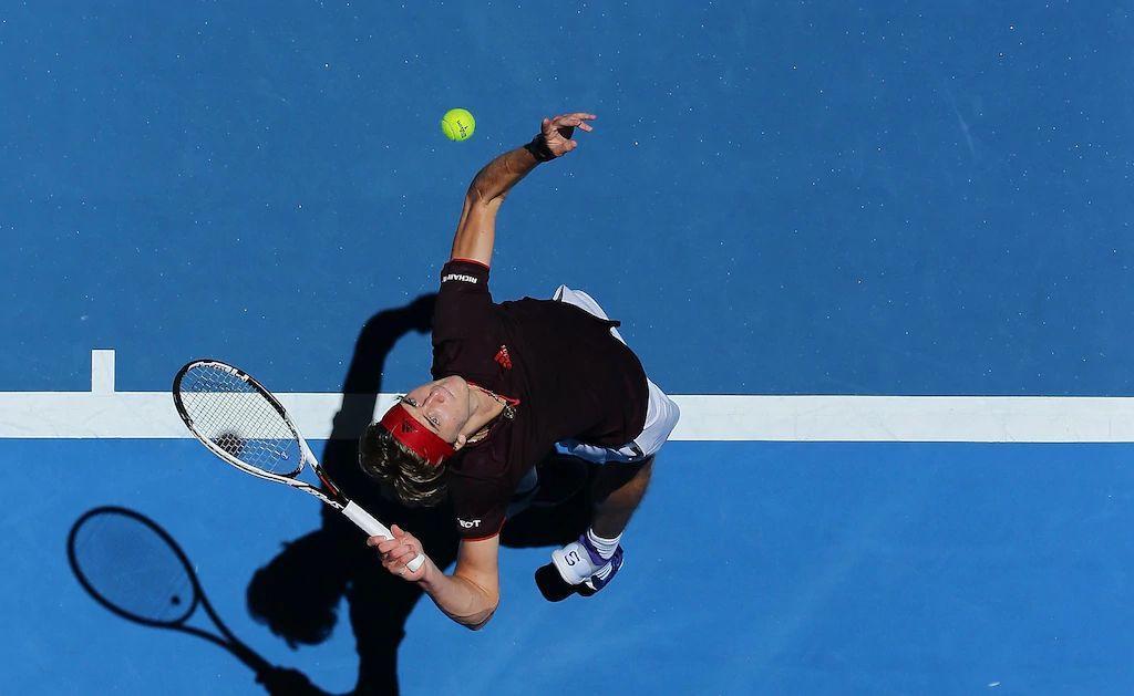 网球发球抛球详解,平击侧旋上旋都大不同!