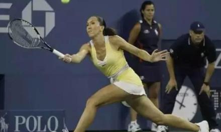 网球过渡法则之挑高球