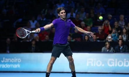 教你一招反向旋转步伐,搞定网球正手后退击球不在话下!