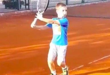 来自比利时的网球明星,儿童德约视频