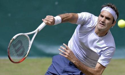 网球Kick serve五天训练计划-Day1:挥拍轨迹搞清楚,球才发的又转又稳!