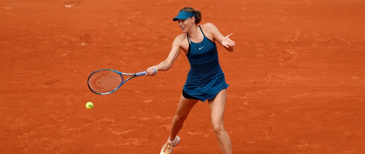 这个正确的腿部动作会大大提高你的网球击球力量!