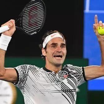 此生必看!费德勒纳达尔17年澳网决赛,最后几局简直疯了…