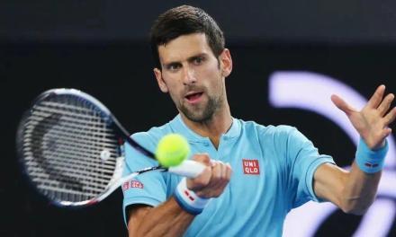 网球正手上旋击球最重要的三个关键点,手腕别动、肩膀带动前臂