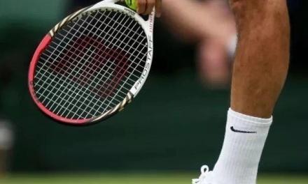 选对站姿,网球发球就成功了一半!