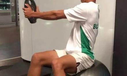 瑜伽球的专项训练