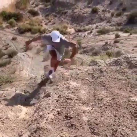 职业选手训练都好拼,德米纳尔爬的坡也太陡了!