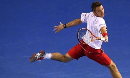 网球单反最常见错误——鲤鱼摆尾,对的手腕才不是你那样的!