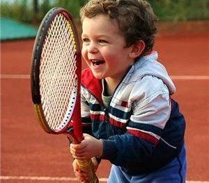 儿童教程:网球热身做的好,进入比赛状态早,无伤无痛没烦恼