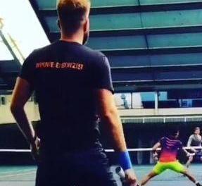 开眼界,外国仁网球训练课视频