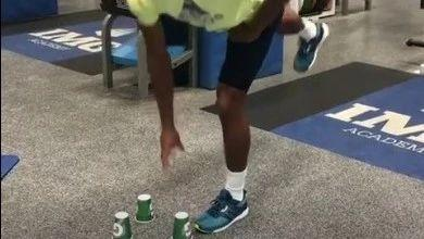 打网球的你,身体平衡练习不能少!