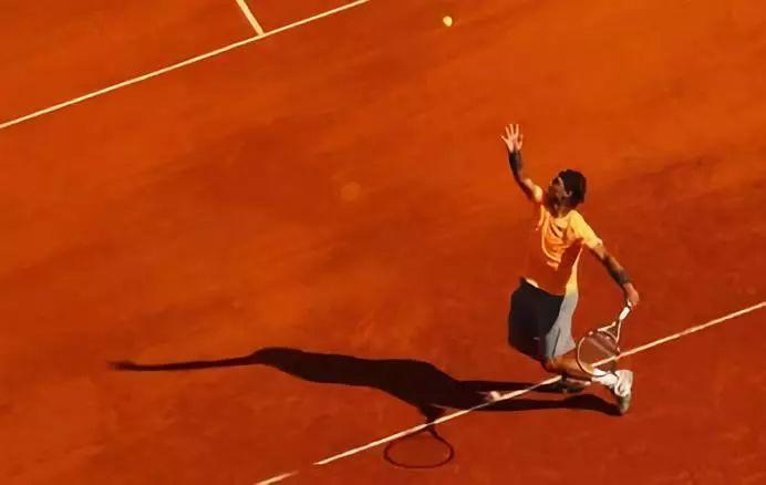 掌握网球发球的发力技术,你只要做到这四点