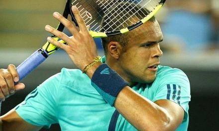网球强大正手从引拍开始,这个引拍动作90%的人没有做对!