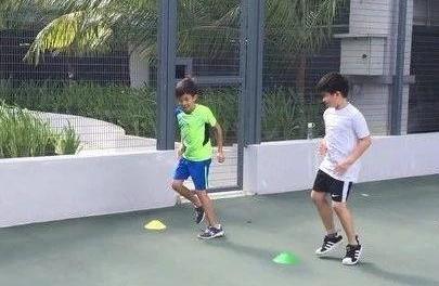 网球折返跑训练