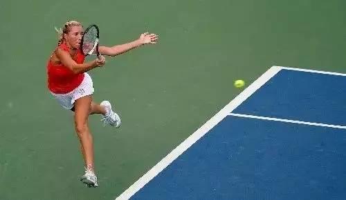 学会这些步伐,网球水平轻松上一个台阶