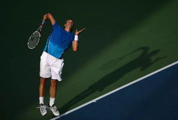 问答:这三点网球发球常见错误,你至少中一个!