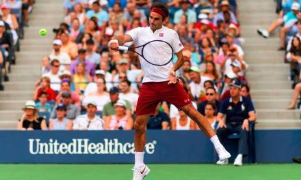 为啥像费德勒这样的网球职业选手,都爱穿两双袜子?