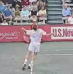 【技术】跟麦肯罗学习发出强烈旋转的发球