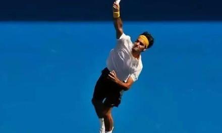 问答:网球发球找不到甜区?你知道要在最高点击球吗?