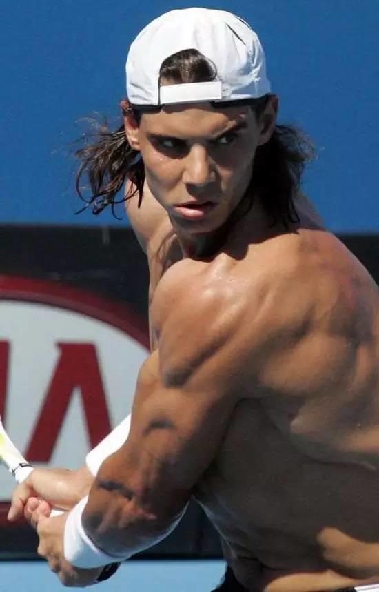 对不起,我要去打网球了,别再找我了!