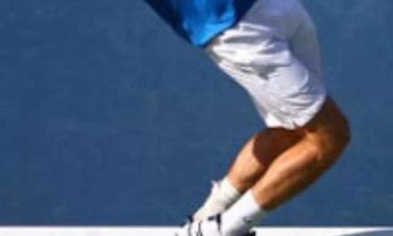 网球中的发球脚误