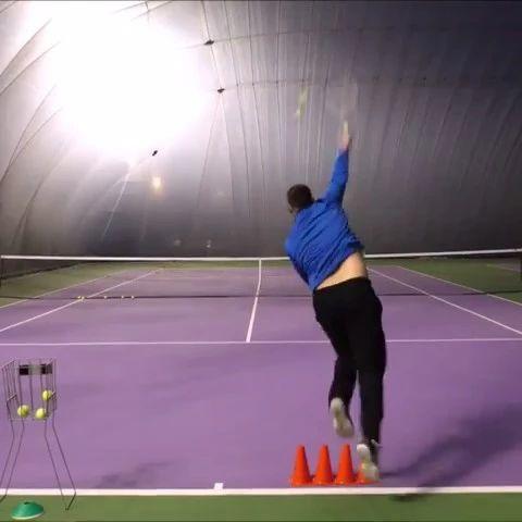 发球时腿部发不上力?这个练习你真得试试!