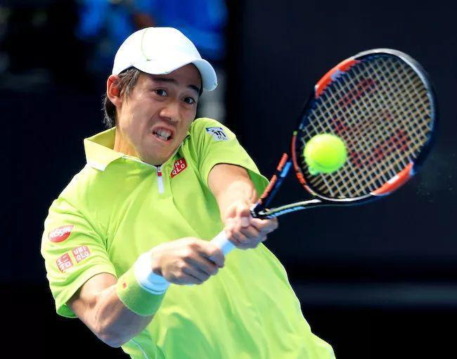 网球双反之反手位高球这么打才有侵略性!