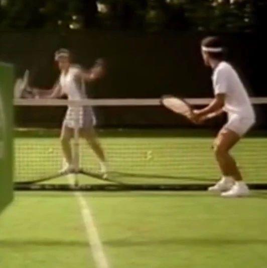 网球趣味广告,真魔性!