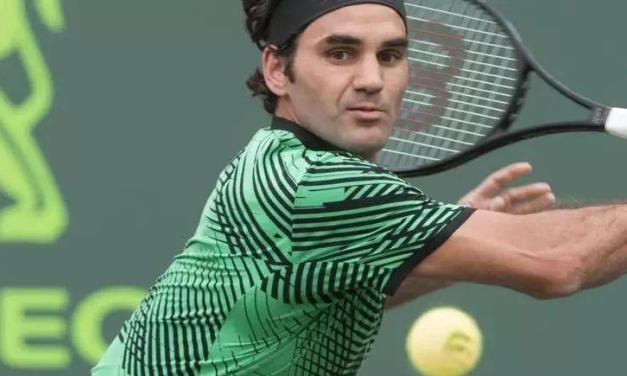 网球反手切削吊高球,比赛时好用的不得了!