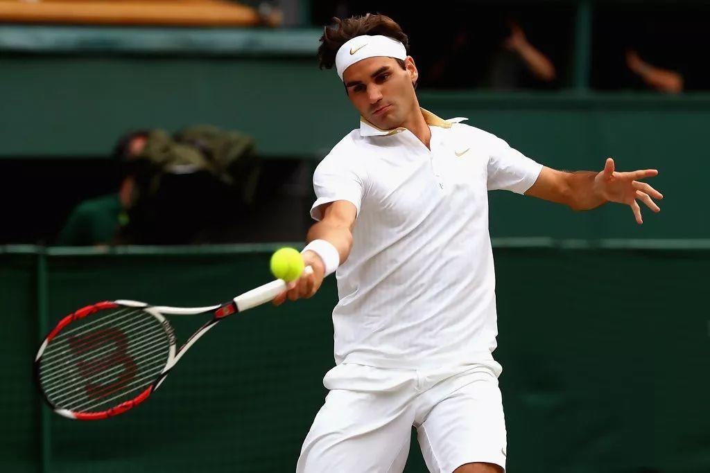 网球正手握拍小细节,这根手指作用太大了