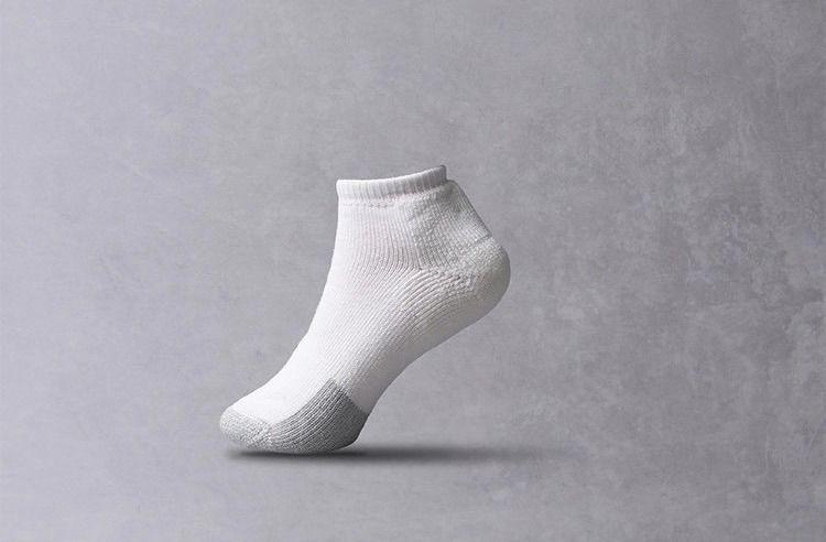 有一双网球袜很贵,但能穿很久