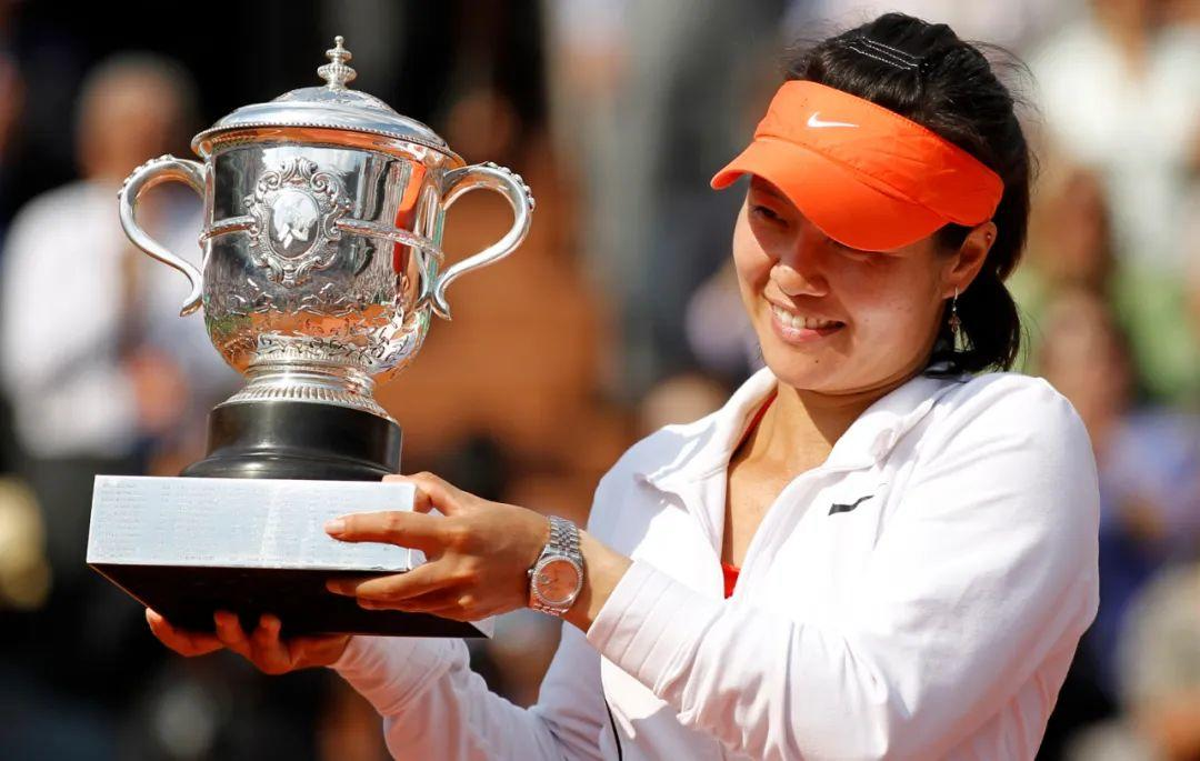 网球史上必看的6场女单比赛,第二场开启莎娃小威长达十多年的恩怨情仇