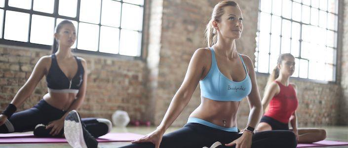 拉伸动作大全,缓解肌肉酸痛、提升柔韧性