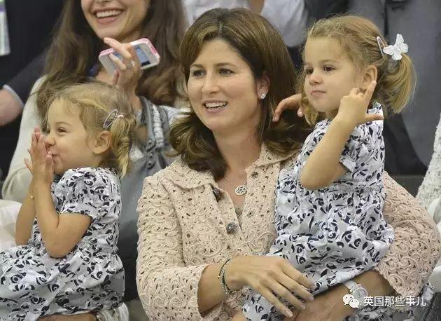 为了网球放弃迪拜王子,却又放弃网球选了费德勒…费天王背后的女人,不简单